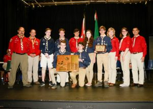 4th Trafalgar Venturers receive the Amory Award at the Central Escarpment Council Youth Recognition Ceremony, June 12, 2016. (L to R: Front, Ian Hope and Philip Da Costa; Back, Steve Isaacs, Dave Frederick, James Nelson, Daniel Nelson, Andrew Lewis, Lucy Horne, Jared Isaacs, Brenda Sweeney, Deanna DiVito, John Estrella)